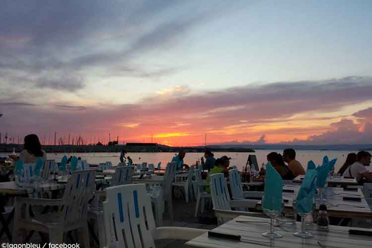 lagon bleue marseille plage privee bar
